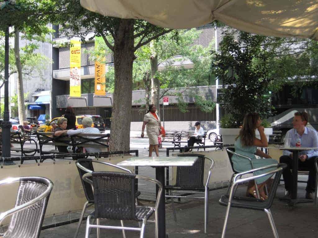 Dining on Dag Hammarskjold Plaza