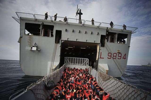 Italy rescuing migrants